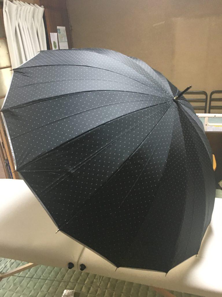 【日傘】紫外線が強いから男でも使います