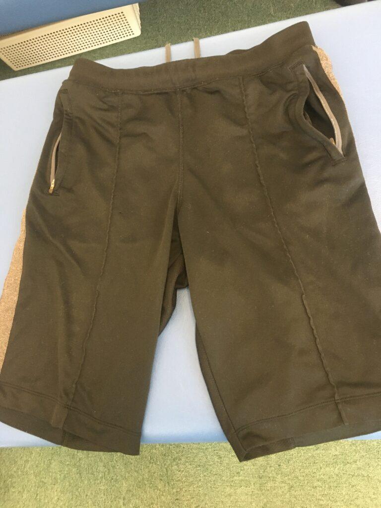 【今更ですが…】施術用の半ズボン用意しました